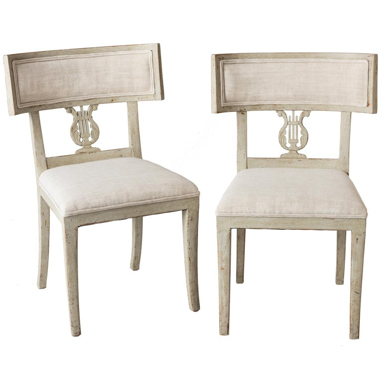 Pair of Late Gustavian Period Swedish Klismos Chairs, circa 1815 For Sale