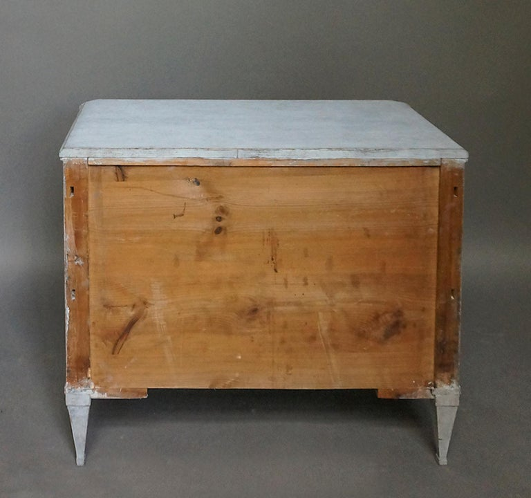 Pair of Late Gustavian Style Chests of Drawers For Sale 4