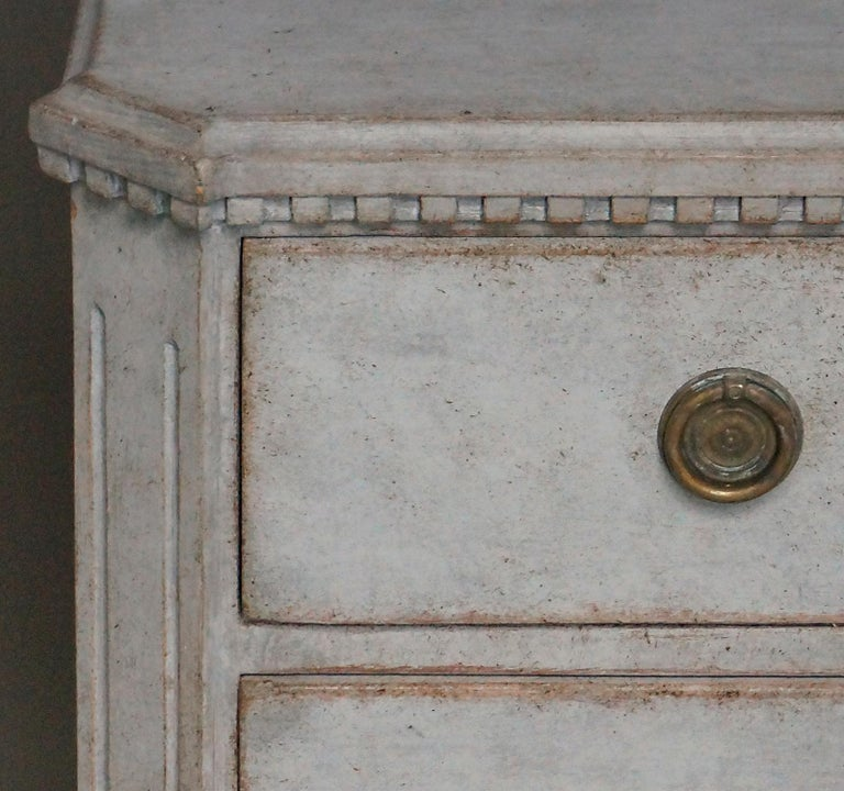 19th Century Pair of Late Gustavian Style Chests of Drawers For Sale