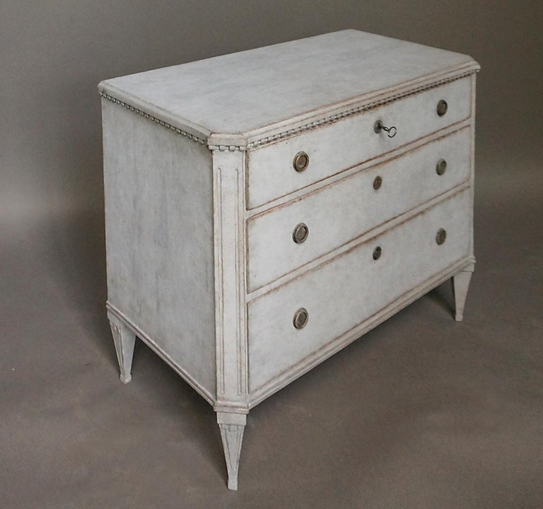 Pair of Late Gustavian Style Chests of Drawers For Sale 1