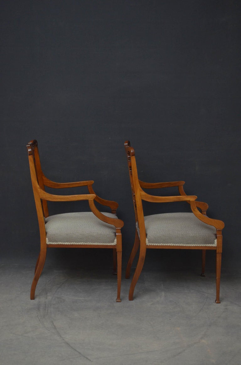 Pair of Late Victorian Carver Chairs in Mahogany For Sale 6