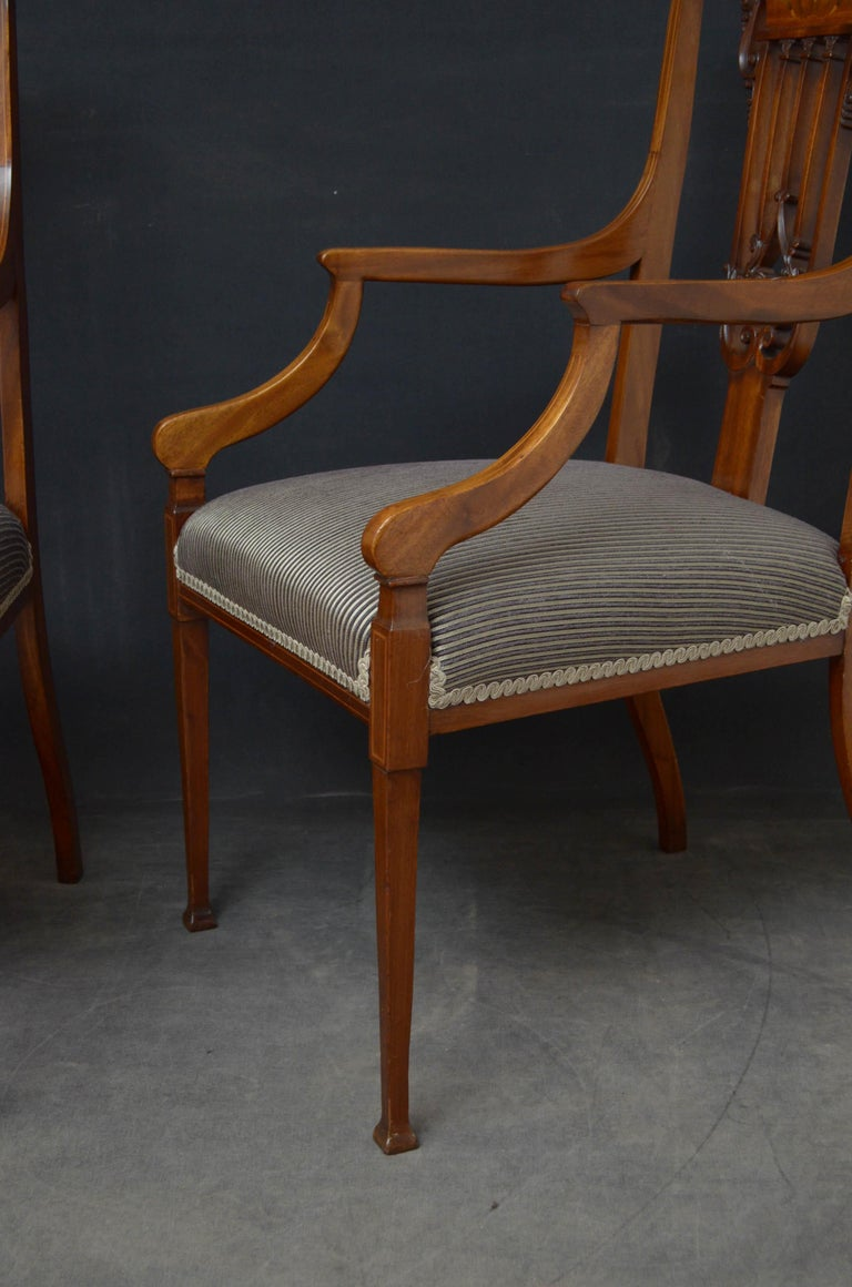 Pair of Late Victorian Carver Chairs in Mahogany For Sale 3