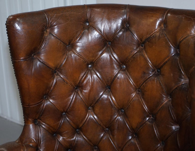 19th Century Pair of Late Victorian Chesterfield Porters Wingback Armchairs Brown Leather For Sale