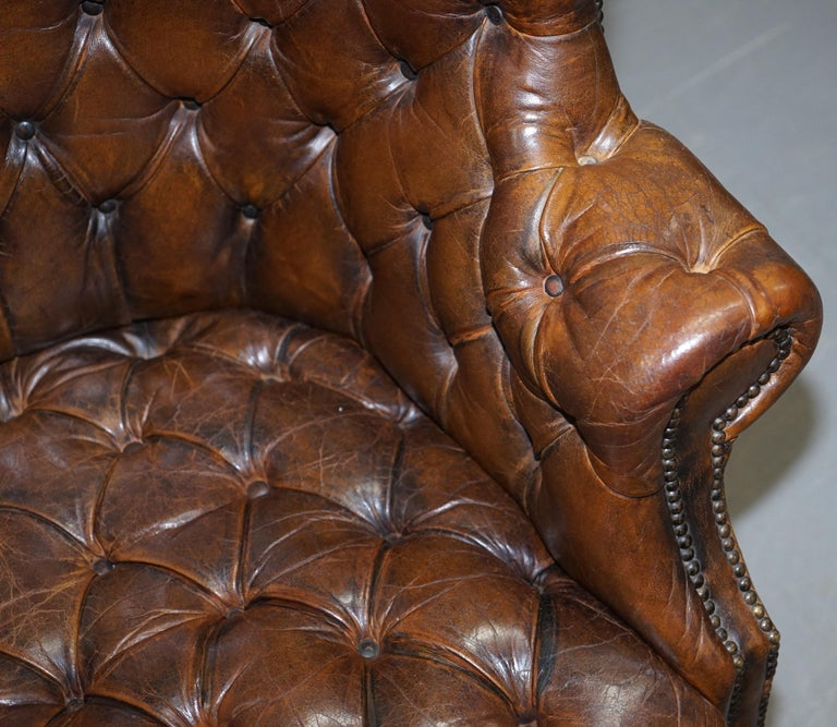 Pair of Late Victorian Chesterfield Porters Wingback Armchairs Brown Leather For Sale 3