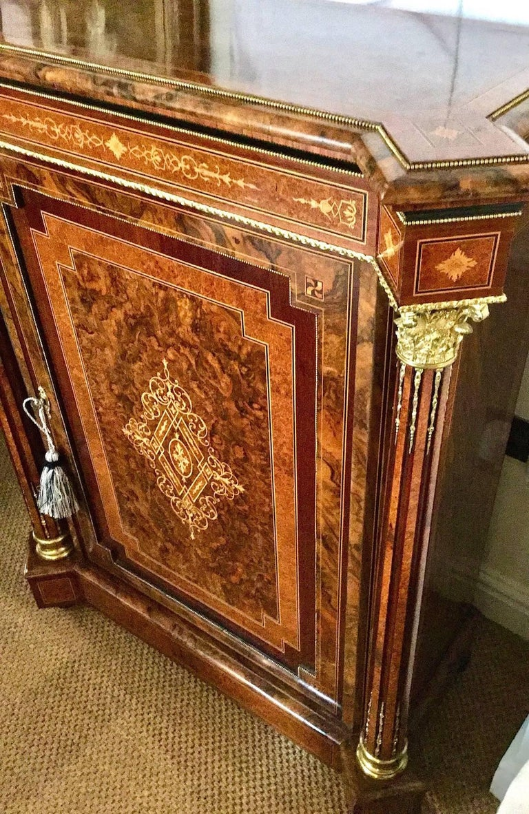 English Pair of Late Victorian Side Cabinets, circa 1880 For Sale