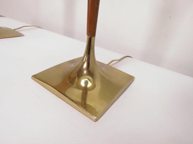 Pair of Laurel Wishbone Table Lamps, circa 1960s For Sale 1