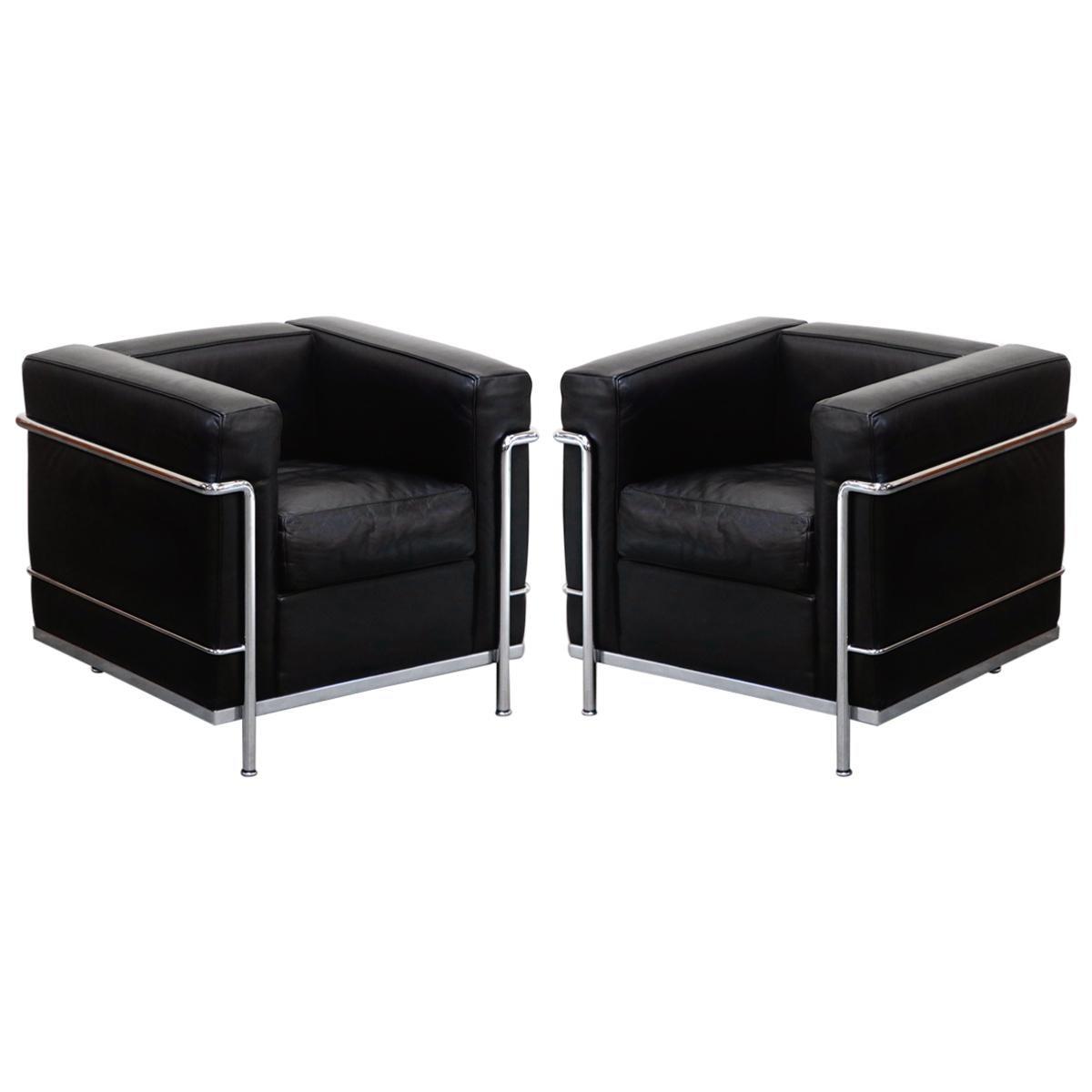 LC2 Petit Confort Chair