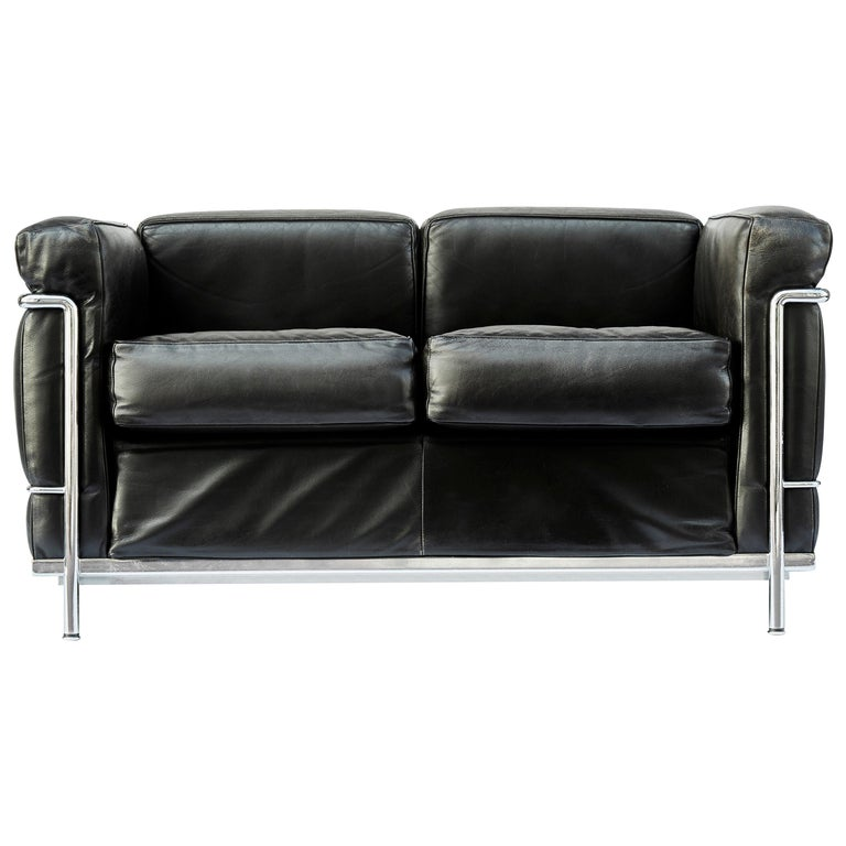 Pair of LC2 Two-Seat Sofas by Le Corbusier Edited by Cassina For Sale