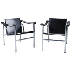 Pair of Le Corbusier LC1 Chairs, Cassina, Mailand 1982, with Original Papers