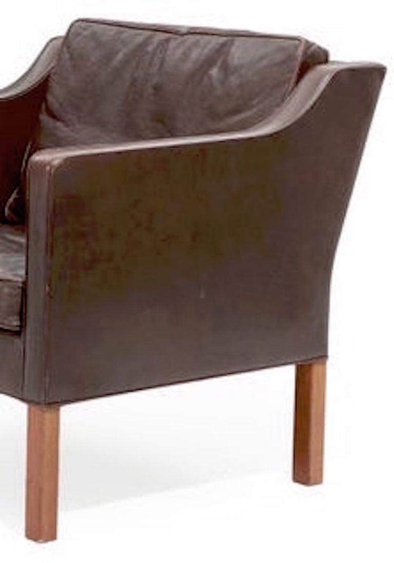 Scandinavian Modern Pair of Leather Armchairs by Børge Mogensen For Sale