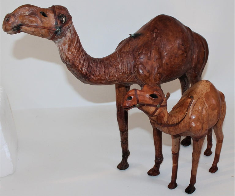 Hand-Crafted Pair of Leather Camels For Sale