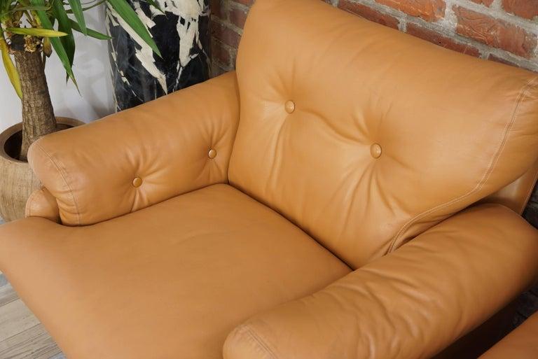 Pair of Leather Coronado Armchairs Design Afra & Tobia Scarpa for B&B Italia For Sale 7