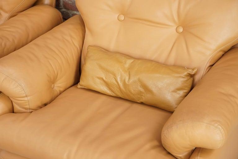 Pair of Leather Coronado Armchairs Design Afra & Tobia Scarpa for B&B Italia For Sale 8