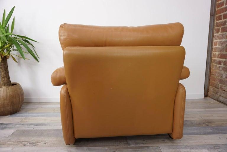 Pair of Leather Coronado Armchairs Design Afra & Tobia Scarpa for B&B Italia For Sale 3