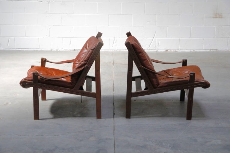 Pair of Leather 'Hunter' Safari Chairs by Torbjørn Afdal for Bruksbo, 1960s In Good Condition For Sale In Los Angeles, CA