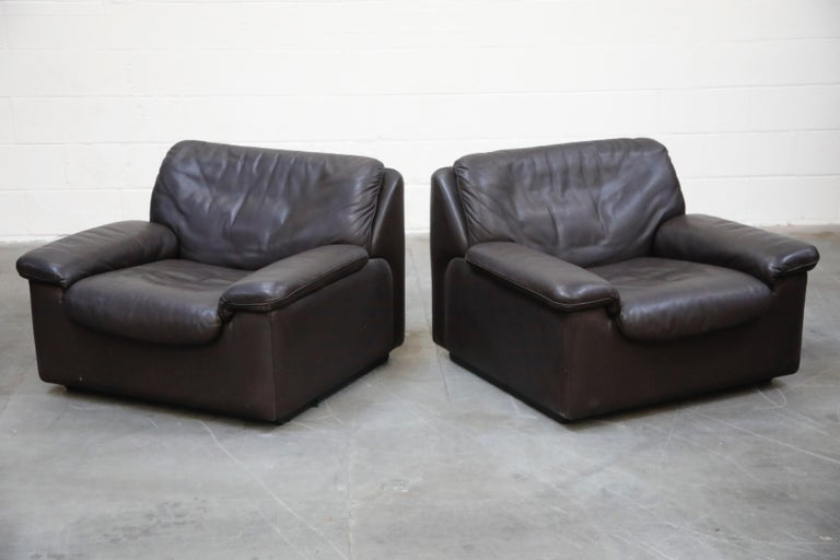Pair of Leather Lounge Armchairs by De Sede, Switzerland, 1960s, Signed In Good Condition For Sale In Los Angeles, CA