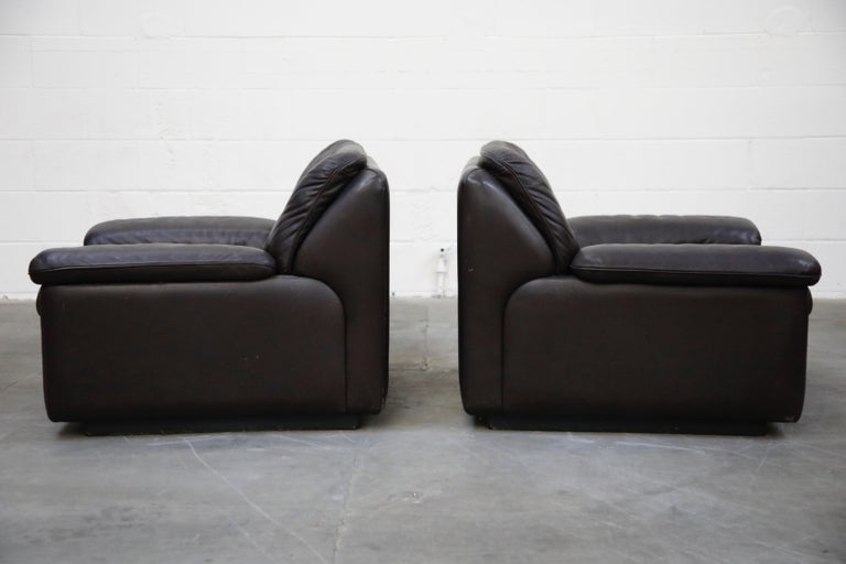 Mid-20th Century Pair of Leather Lounge Armchairs by De Sede, Switzerland, 1960s, Signed For Sale
