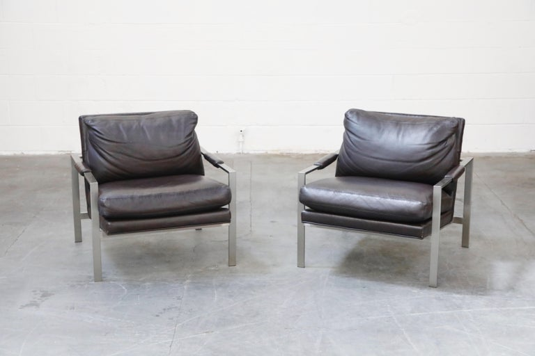 Mid-Century Modern Pair of Leather Lounge Armchairs by Milo Baughman for Thayer Coggin, Signed For Sale
