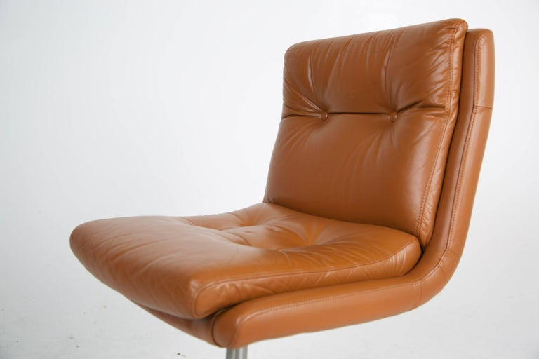 Pair of Leather and Steel Lounge Chairs by Raphael, France, circa 1970 For Sale 5
