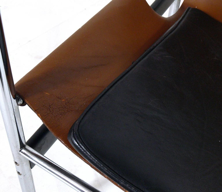 Mid-20th Century Pair of Leather Sling Lounge Chairs by Charles Pollock for Knoll