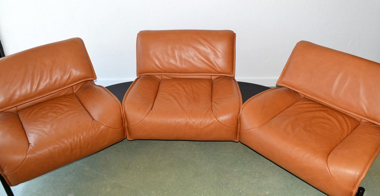 Late 20th Century Pair of Leather Sofas or Couches by Vico Magistretti for Cassina, Italy, 1980's For Sale