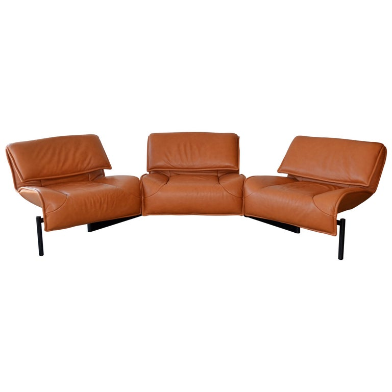 Pair of Leather Sofas or Couches by Vico Magistretti for Cassina, Italy, 1980's For Sale