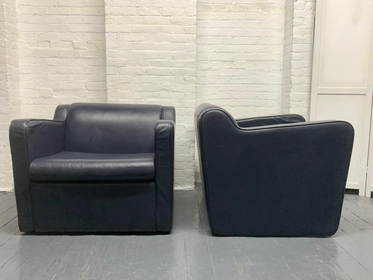 Mid-Century Modern Pair of Leather 'Speed' Lounge Chairs For Sale