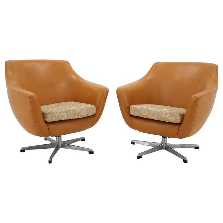 Pair of Leatherette Swivel Chairs, 1970s For Sale
