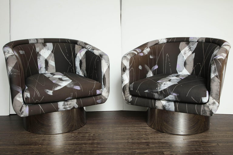 Mid-Century Modern Pair of Leon Rosen for the Pace Collection Swivel Chairs For Sale