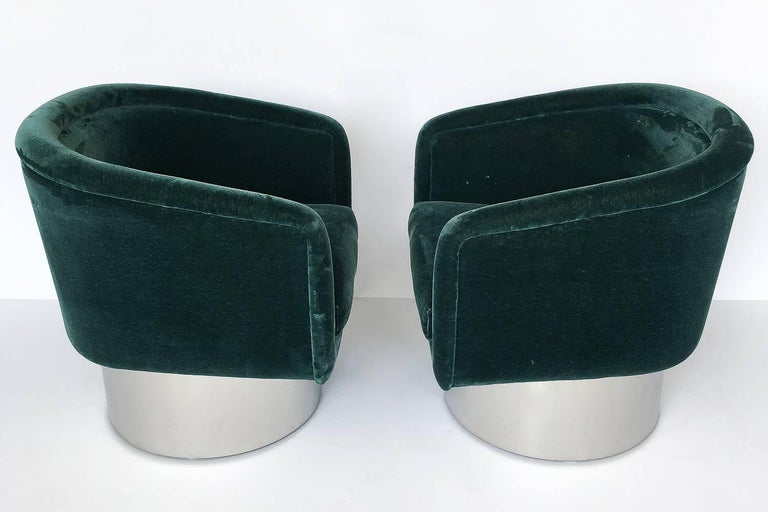 American Pair of Leon Rosen Pedestal Swivel Lounge Chairs For Sale