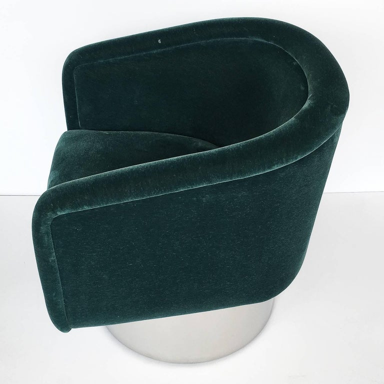 Steel Pair of Leon Rosen Pedestal Swivel Lounge Chairs For Sale