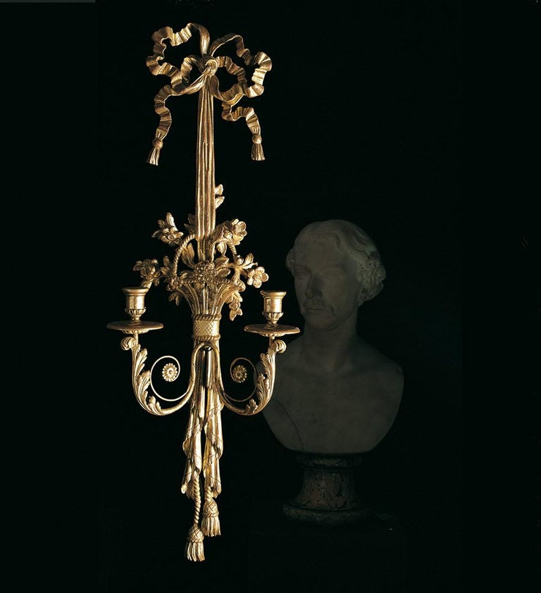 Pair of Leone Cei LC.10 Louis XVI-Style Wall Lights, Hand Carved Gilded in Italy For Sale 2