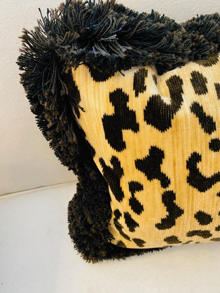 Pair of Leopard Velvet Lumbar Cushions In New Condition For Sale In Palm Beach, FL
