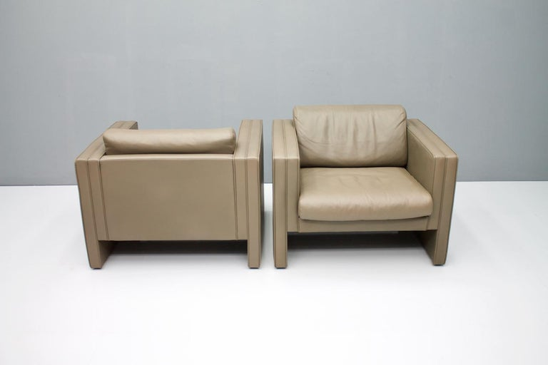 Pair of Light Brown Leather Lounge Chairs by Walter Knoll, 1975 In Distressed Condition For Sale In Frankfurt / Dreieich, DE