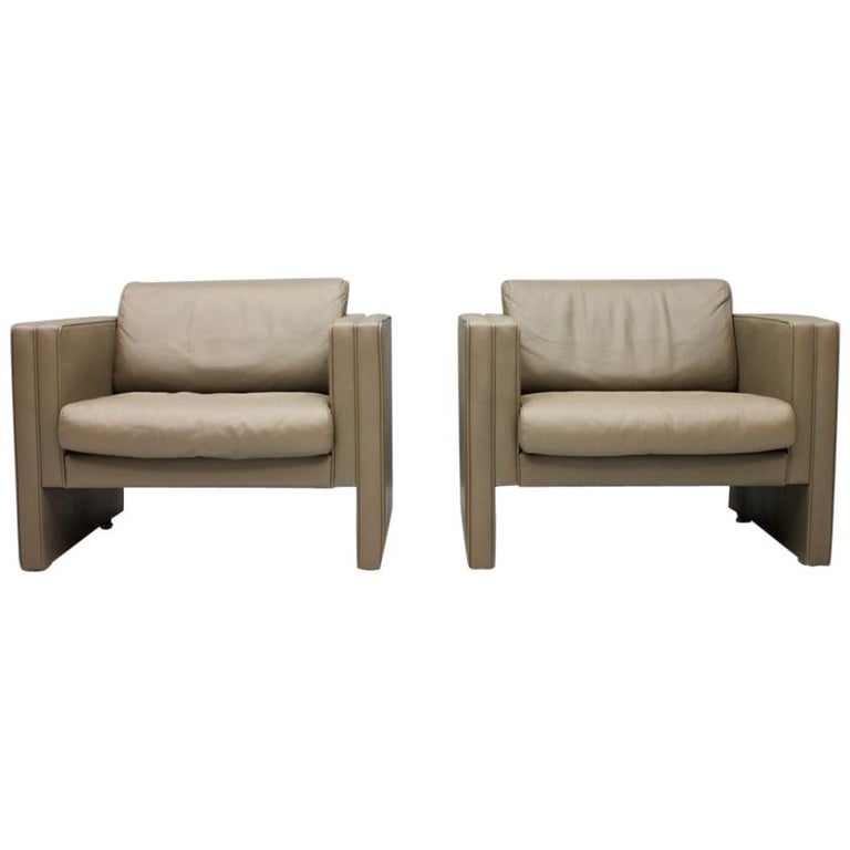 Pair of Light Brown Leather Lounge Chairs by Walter Knoll, 1975 For Sale