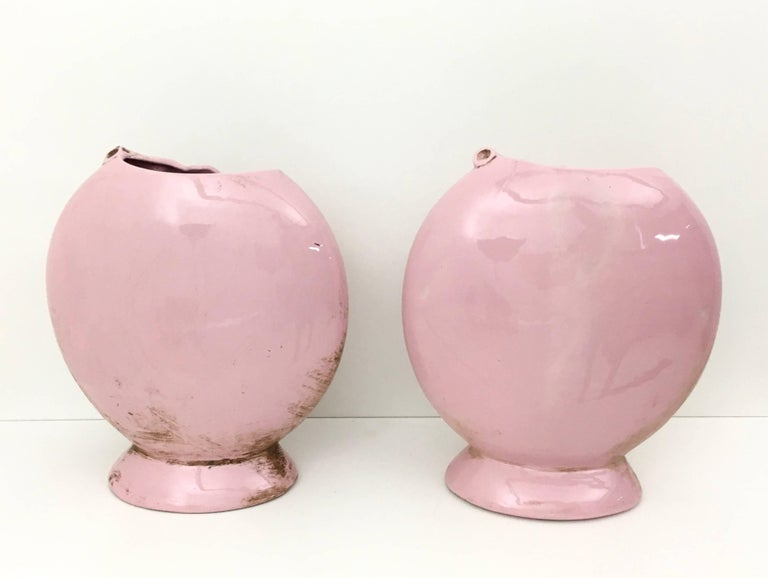 Pair of Light Pink Art Deco Polished Ceramic Flower Vases, Italy For Sale 2