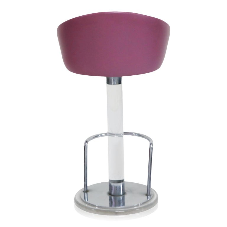 Pair of Lilac Leather and Lucite Swivel Barstools by Lion in Frost, Signed For Sale 1