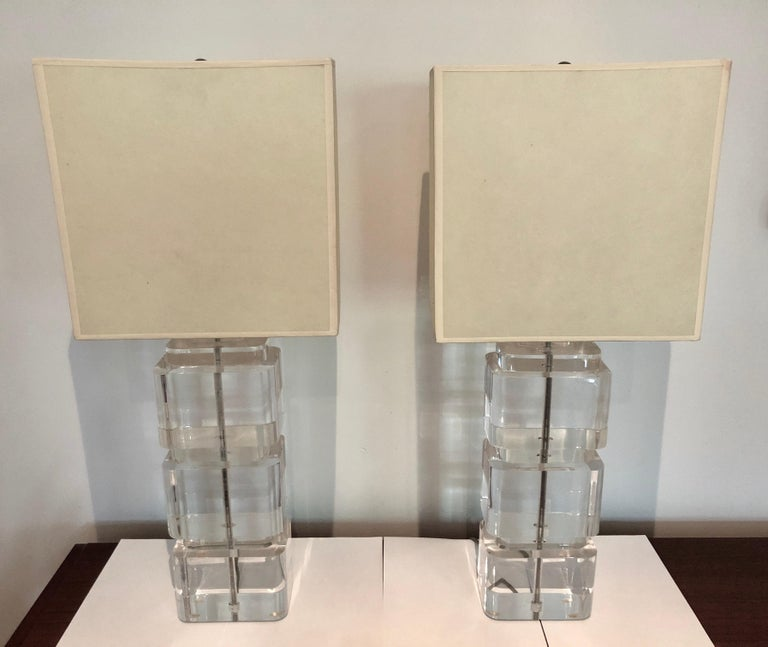 Late 20th Century Pair of Liquid Lucite Column Table Lamps by Karl Springer For Sale