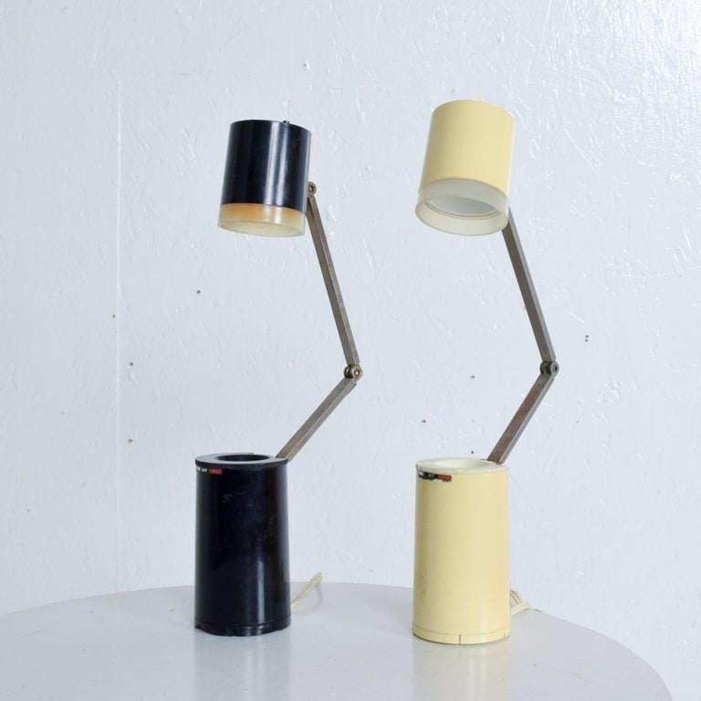 Pair of Lloyds Task Table Lamps, Mid-Century Modern For Sale 2