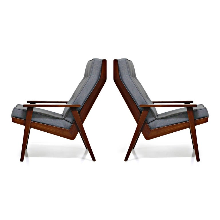 Mid-Century Modern Pair of Lotus Chairs by Robert Parry for Gelderland, Denmark 1950s, Restored For Sale
