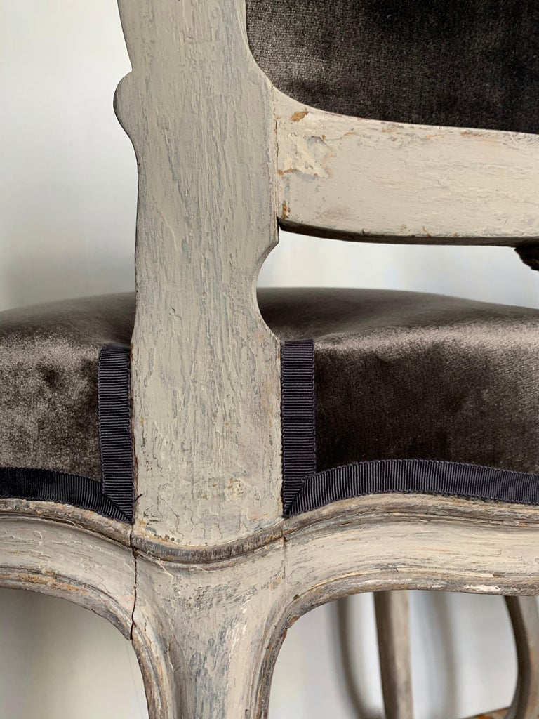 Pair of Louis XV Side Chairs, circa 1800 For Sale 2
