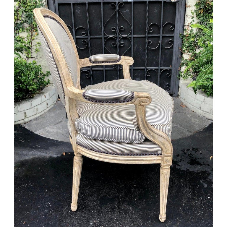 Pair of Louis XV Style Balloon Back Armchairs with Silk Down Cushions In Good Condition In LOS ANGELES, CA