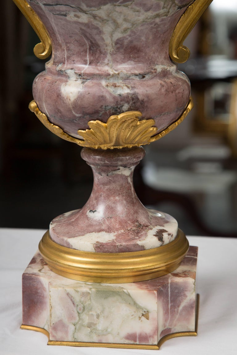 Pair of Louis XV Style Bronze Lavender Marble Urns For Sale 2