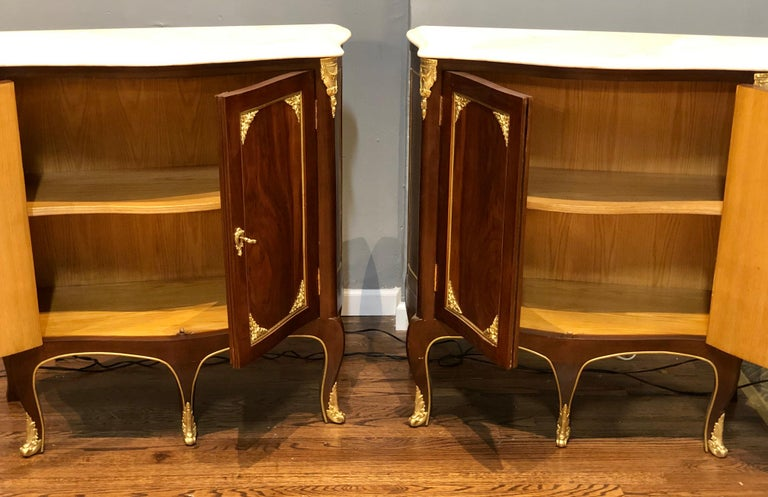 Pair of Louis XV Style Cabinets Commodes or Nightstands  In Good Condition For Sale In Stamford, CT