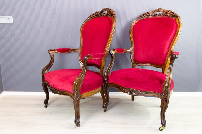 Pair of Louis XV Style French Fauteuil Walnut Armchairs For Sale 4