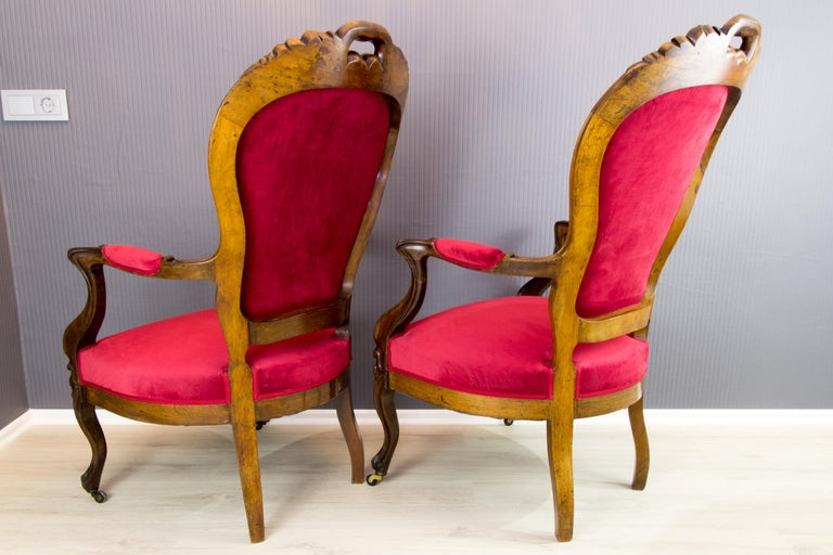 Pair of Louis XV Style French Fauteuil Walnut Armchairs For Sale 2