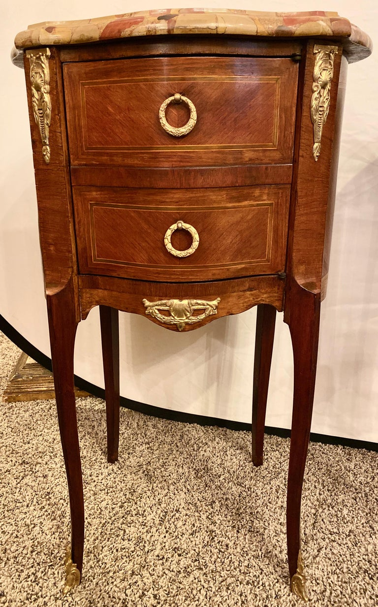 Pair of Louis XV Style Side / End Tables with Breche D'alep Original Marble Top In Good Condition For Sale In Stamford, CT