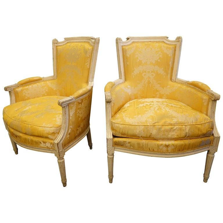 Pair of Louis XVI Period Bergères in Yellow Silk Lampas Fabric For Sale