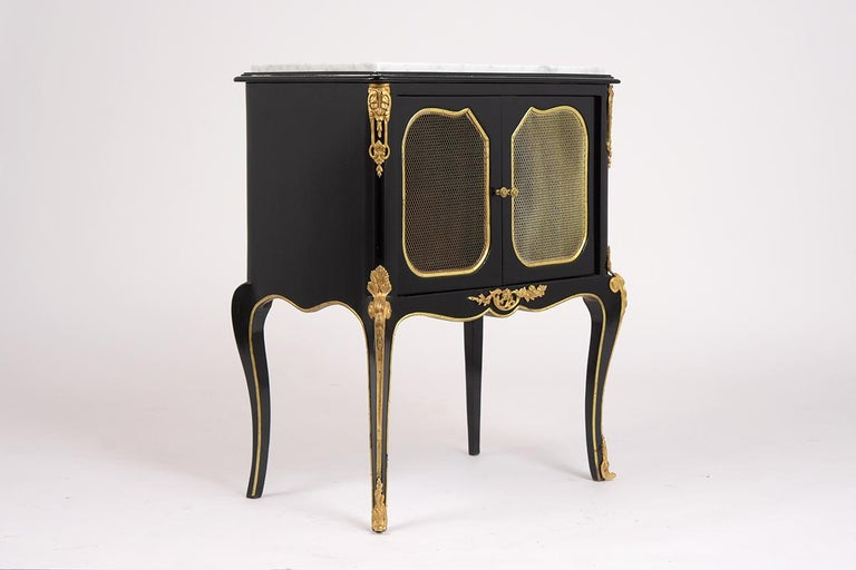 Pair of Louis XVI Style Ebonzied Nightstands In Good Condition For Sale In Los Angeles, CA