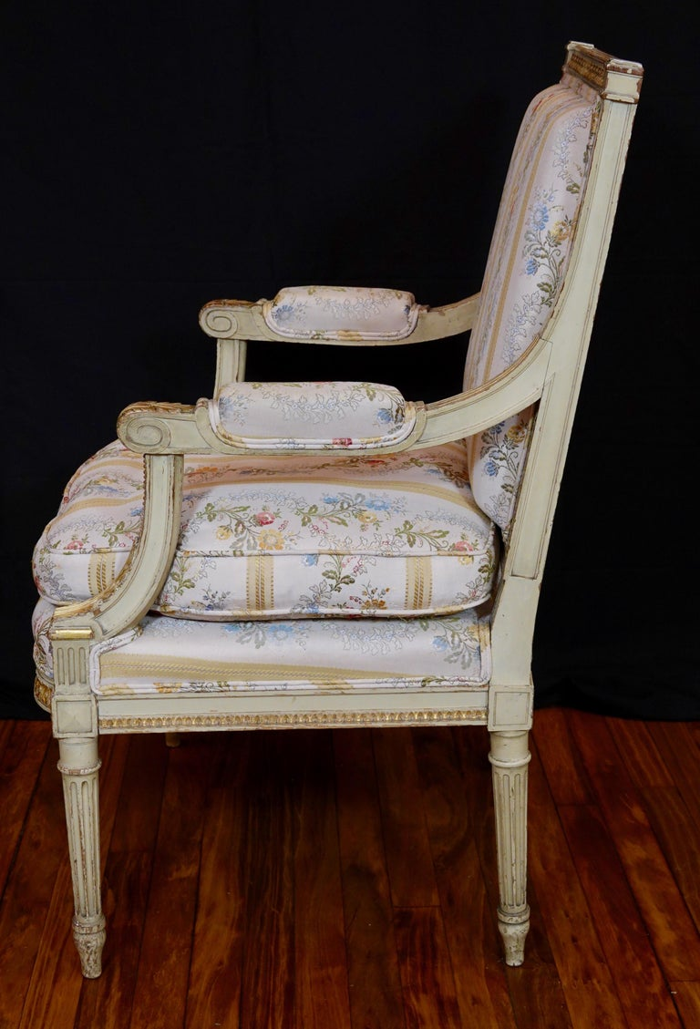 Pair of Louis XVI Style Fauteuils or Armchairs with Silk Lampas Fabric For Sale 5
